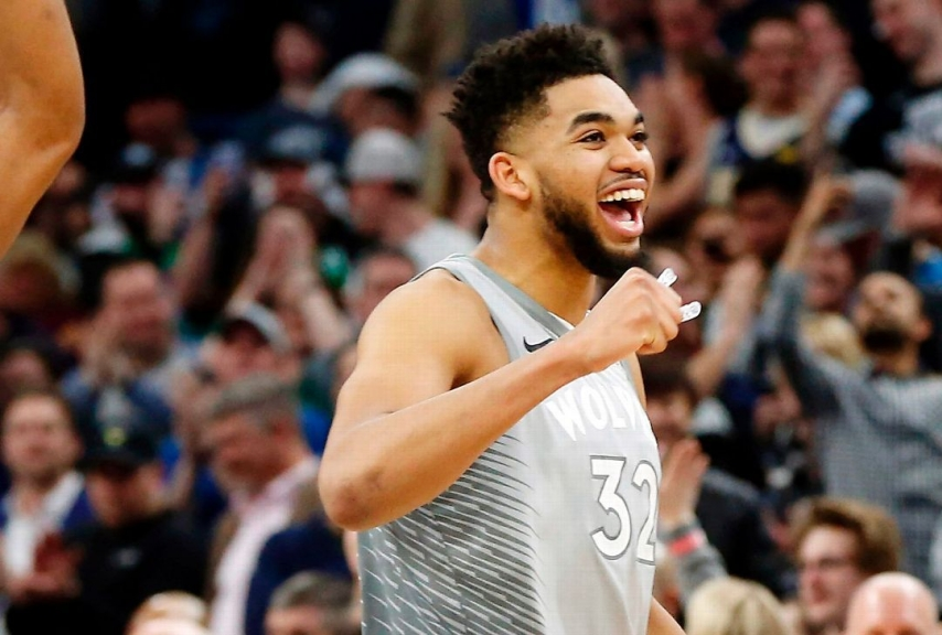 Karl-Anthony Towns debutto Playoff